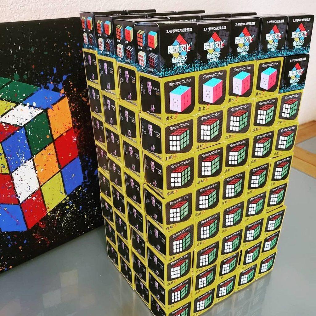 Cube Together Rubik's Cube